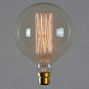Ampoule déco à filament long - Géant sphérique à filament rétro vintage industrie 125mm B22 60W - The Retro Boutique de la marque The Retro Boutique image 0 produit