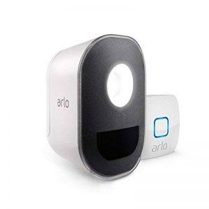 Arlo Smart Lights - Pack de 1 éclairage LED Connecté 100% sans Fils, Personnalisables Via Appli Gratuite, Résistants aux Intempéries - Déjà Compatible avec Amazon Alexa de la marque Arlo image 0 produit