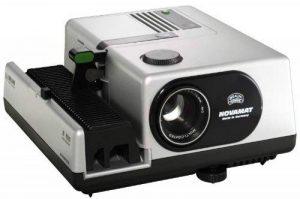 Braun Novamat E 150 Projecteur de diapositives Avec objectif 2,8 / 85 mm MC (Import Allemagne) de la marque Braun image 0 produit