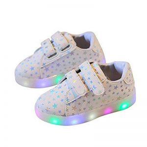 Chickwin Chaussures Enfant, LED Chaussures Lumineuse Bébé Enfant Unisexe Confortable Sneakers Clignotant LED Chaussures de la marque Chickwin image 0 produit