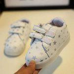Chickwin Chaussures Enfant, LED Chaussures Lumineuse Bébé Enfant Unisexe Confortable Sneakers Clignotant LED Chaussures de la marque Chickwin image 1 produit