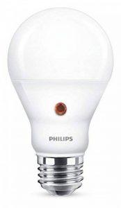 Philips Ampoule LED E27, 6,5W Équivalent 60W, Blanc Froid avec Détecteur Crépusculaire de la marque Philips Lighting image 0 produit