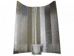 Réflecteur martelé prémonté avec ampoule E-40 pour lampes à vapeur de sodium et MH de la marque Reflektor image 0 produit