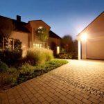 Steinel HS 500 Noir - Projecteur halogène à détection infrarouge pour façades de maison et allées, lampe pour extérieur avec détecteur de mouvement 240°, portée max. 20 m, 633417 de la marque STEiNEL image 2 produit